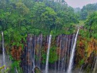 Keindahan Surga Tersembunyi – Air Terjun Tumpuk Sewu Lumajang Jawa Timur