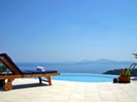 Lakukan Trik Wisata Murah Ini Bagi Anda Traveler yang Minim Budget