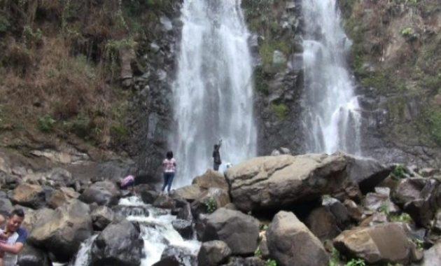 5 Daftar Tempat Wisata Air Terjun di Bandung Yang Sejuk