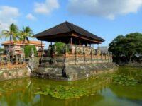 Kerta Gosa dan Istana Taman Gili