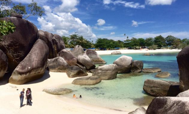 Kunjungi Destinasi Wisata Bangka Belitung Paling Menawan Ini