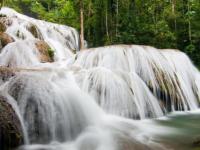 Nikmati Sensasi Alam Di Sebaran Wisata Air Terjun Terindah Di Indonesia Ini