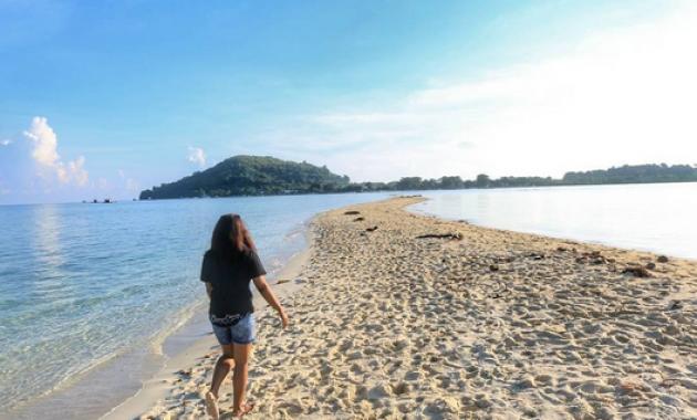 Objek Wisata Alam Terindah Di Pulau Lombok