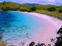 Tempat Wisata Pantai Lombok Timur Paling Populer