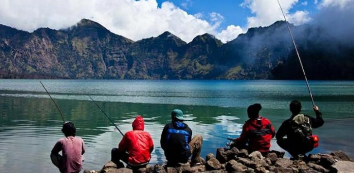 Wisata Danau Segara Anak
